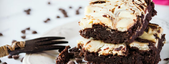 Cheesecake Brownies με Dirollo Spread